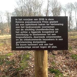 verzet tegen natuurbegraafplaats van het IJssellandschap